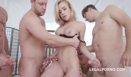 Hot blonde babe Alexa Flexy great pissing
