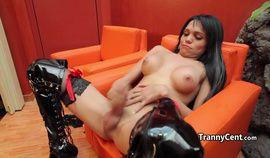 Sofia Obregon tease her anal & jerking cums in bikini with latex boots.