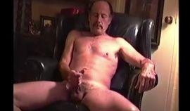 Mature Amateur Bob Jacking Off