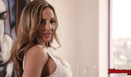 Horny slut Richelle Ryan - FUcking On the Bed