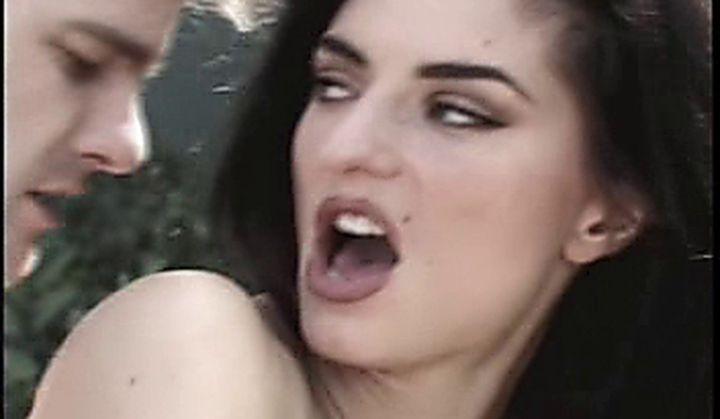 small tits video porno xxx