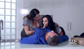 Anastasia Lux & Laura Orsolya (Thick Busty 3 Some Anal) 1080p