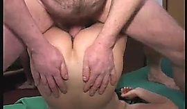 Filmando el trio que hace con su esposa, madura muy buena