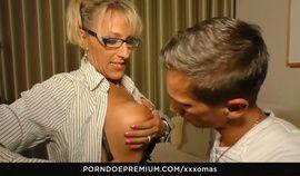 XXX OMAS - Hardcore German amateur fuck with mature blondie Lana Vegas