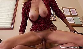 Busty Julia Ann loves fucking and sucking a dick