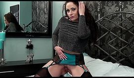 Lonely MILF Sophia Delane makes a solo video while home alone