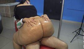 phat oiled mega booty latina