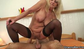 Czech Granny disturbing porn video HD
