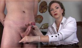 Milf Mistress T knows how to handle a dick