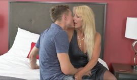 Stunning canadian milf Bianca  and he lover