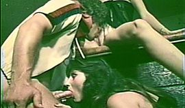 Hardcore vintage threesome scene with 2 chicks and 1 dick